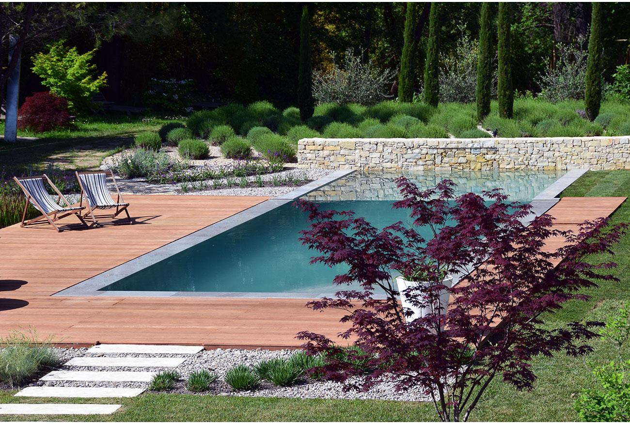 Atelier Naudier - Architecte paysagiste concepteur - Montpellier & Aix en Provence - Piscine contemporaine - VUE AÉRIENNE - aménagement jardin