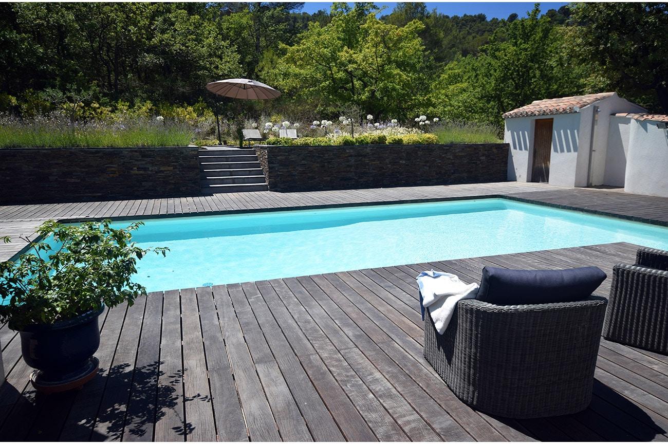 Terrasse bois relooking jardin - Architecte paysagiste concepteur Montpellier