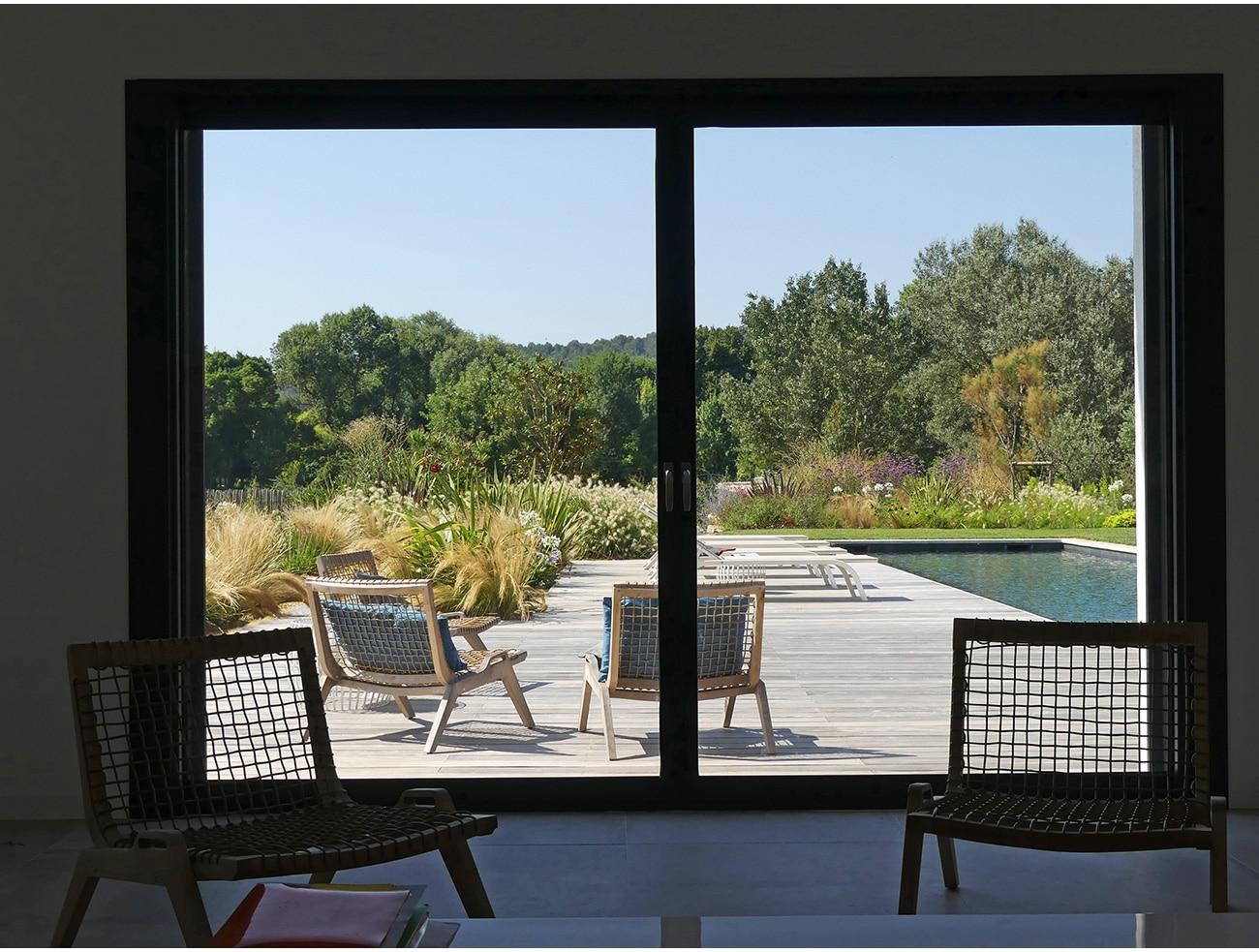 Atelier Naudier - Architecte paysagiste concepteur - Montpellier & Aix-en-Provence - JARDIN BAIE VITRÉE - Aménagement jardin