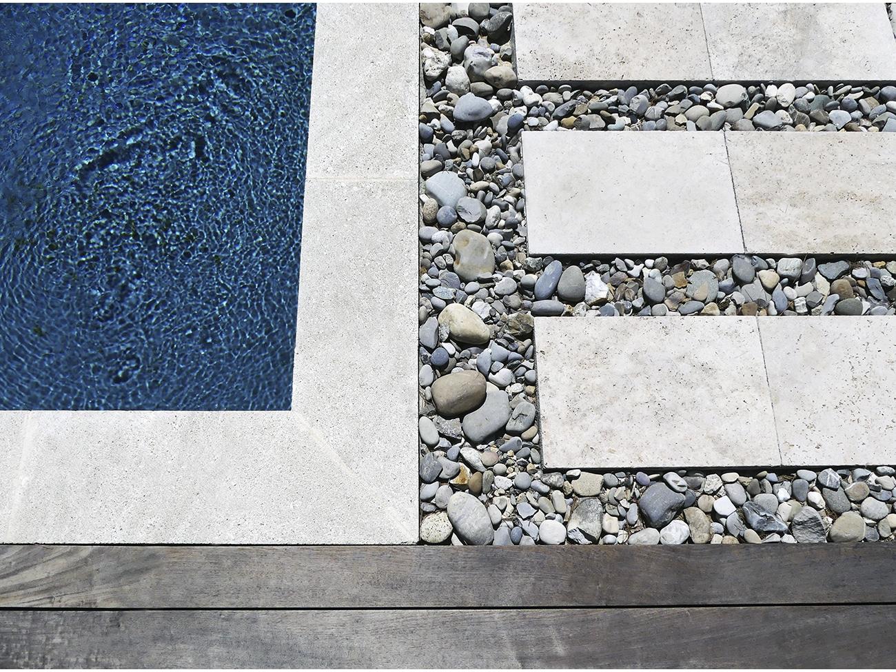 Atelier Naudier - Architecte paysagiste concepteur - Montpellier et Aix en Provence - Piscine couleur d'eau naturel - aménagement jardin