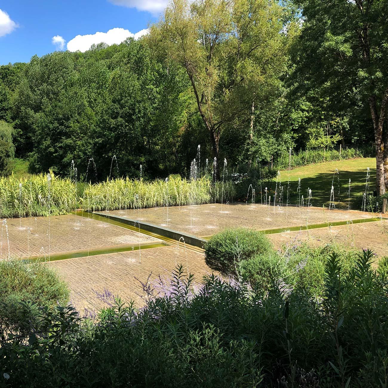 JARDIN DE L IMAGINAIRE - jeux d eau - Atelier Naudier - Architecte Paysagiste Concepteur -Montpellier & Aix-en-Provence